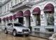 """Den brandneuen Audi Q5 haben wir im Zuge des """"Audi Driving-Day"""" gemeinsam mit dem Jaguar F-Pace testen können. Nach Ausfahrten ins Wiener Umland haben wir uns für ein Fotoshooting beim Hotel Sans Souci entschieden."""